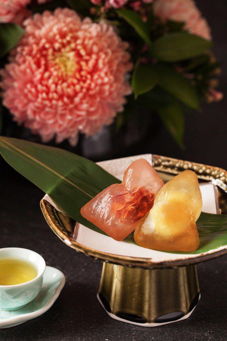 台北萬豪酒店的「八巧冰心粽」。圖/台北萬豪酒店提供