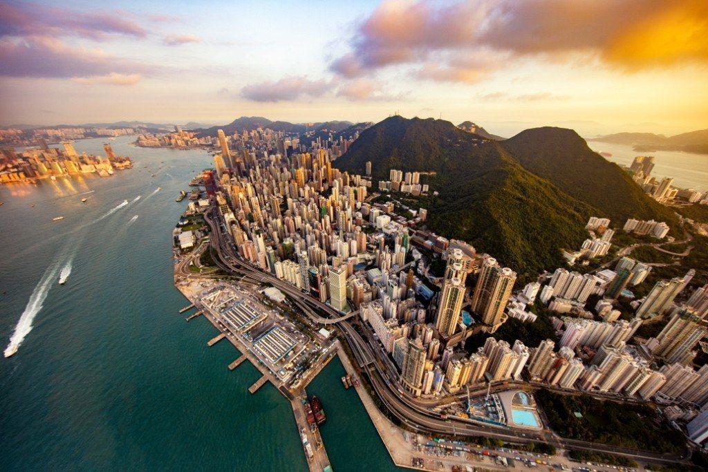 旺季出遊省荷包,香港館旅展行程下殺省很大。圖/香港旅遊局提供