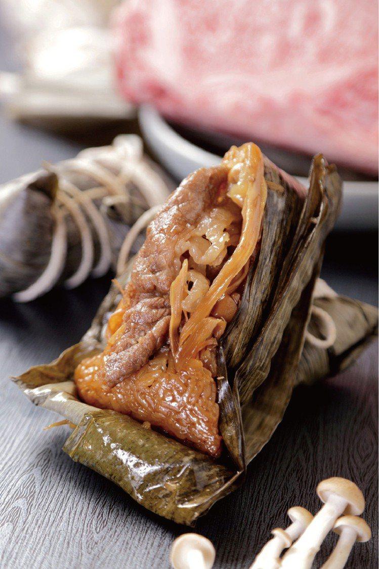 遠百晶華酒店壽喜燒和牛粽禮盒,3入980元。圖/遠百提供