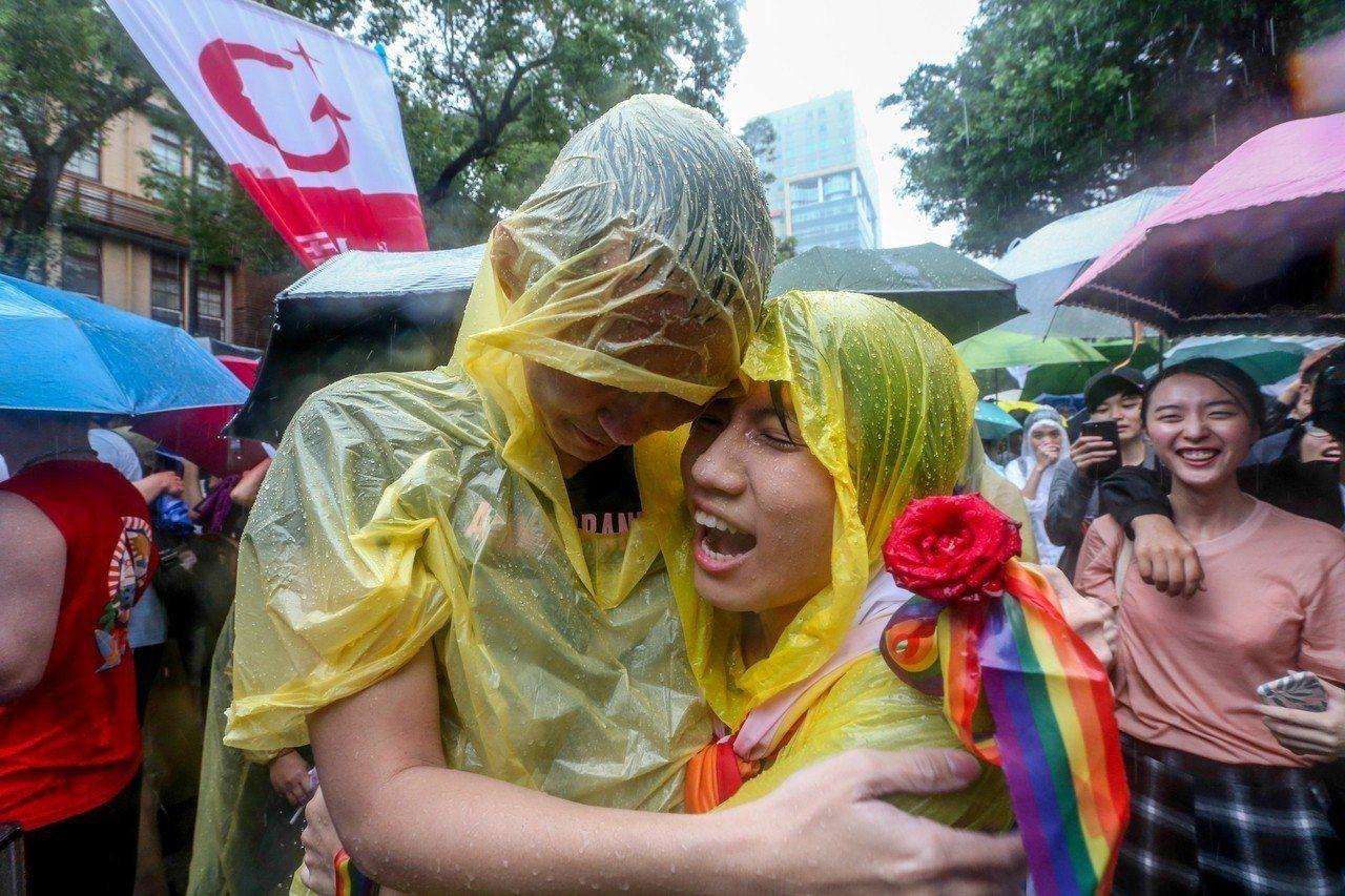 台灣昨天通過同婚專法,成為亞洲第一個、全球第廿七個同婚合法的國家。圖/報系資料照...