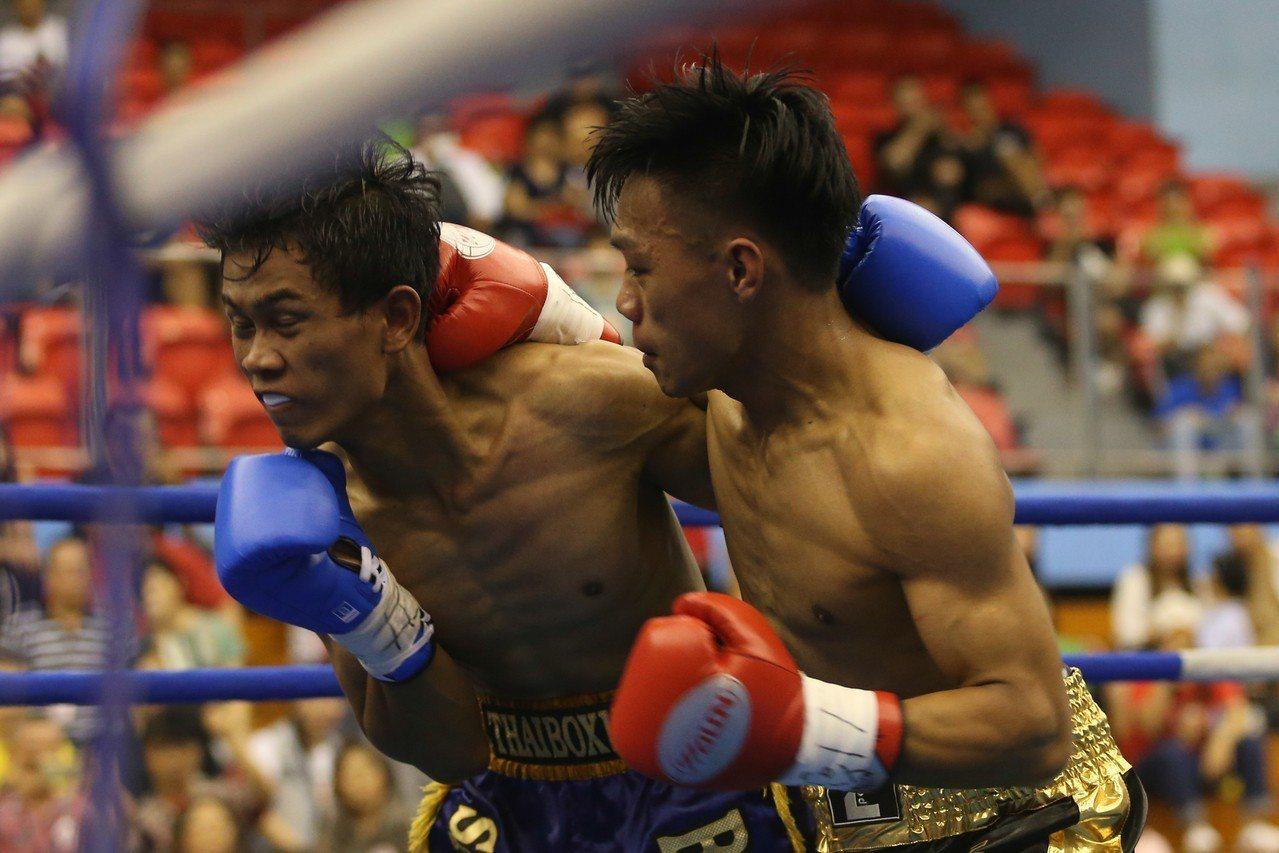 洪嘉慶TKO泰國馬杜雅。記者葉信菉/攝影