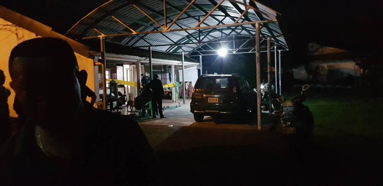台東卑南鄉泰安村晚間驚傳一名50歲張姓男子,疑因家庭因素,持獵槍自戕身亡。記者尤...