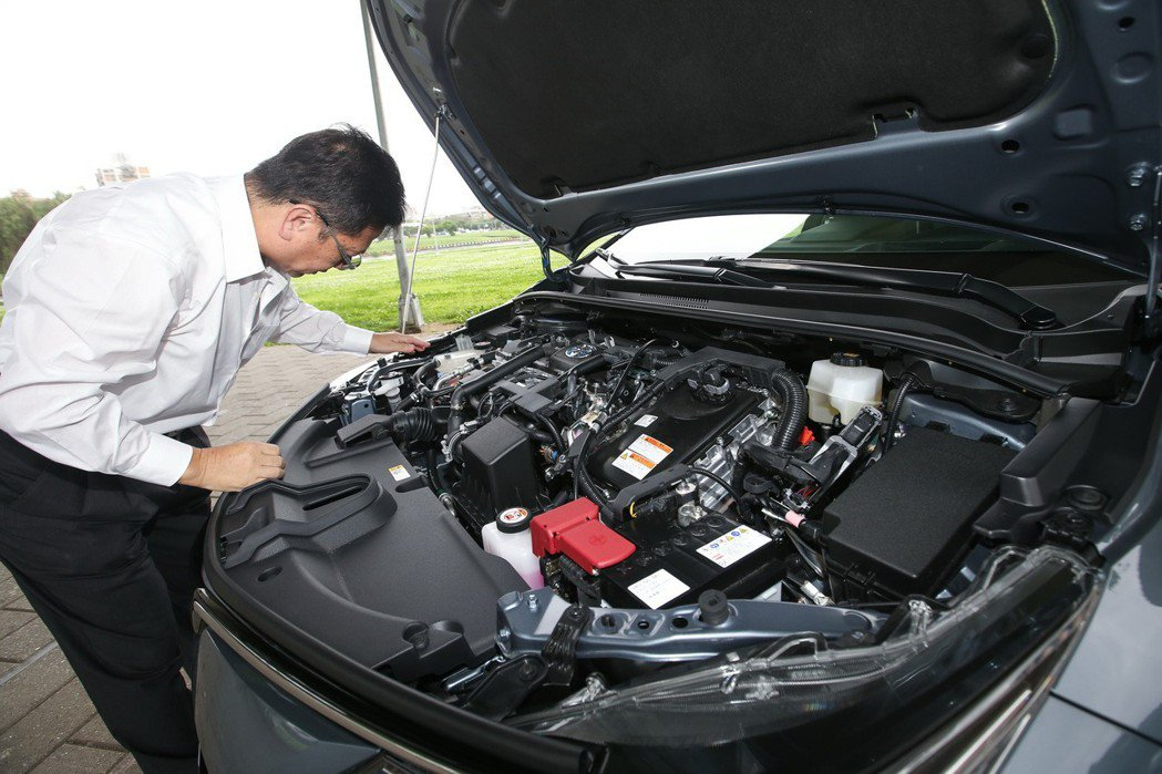 Toyota Hybrid車款推出電池延長保固,讓更多車主放心入主。 記者林伯東...