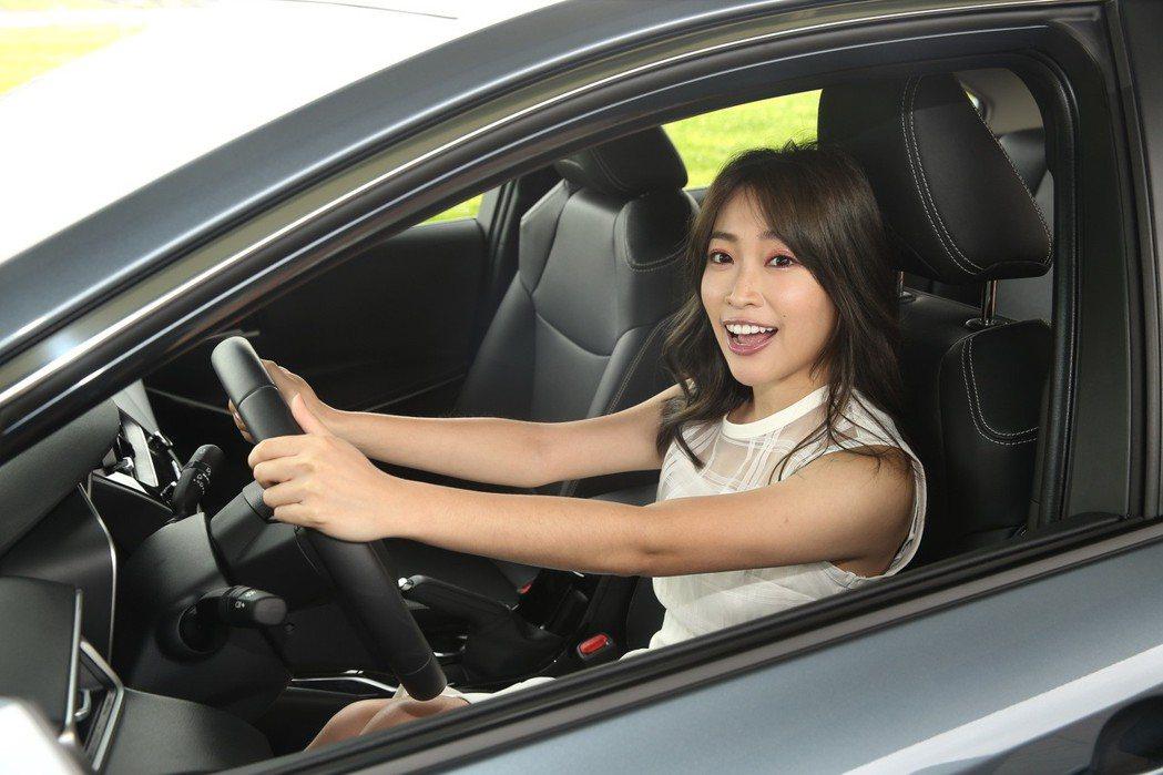 心璇是計畫將來要買車的新手駕駛。 記者林伯東/攝影