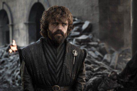 「冰與火之歌:權力遊戲」(Game of Thrones)大結局昨天在美國吸引驚人的1930萬人緊盯小螢幕,奠定這齣奇幻史詩作品為HBO最高人氣電視影集地位,全劇終讓粉絲又悲又氣。HBO各平台都看到...