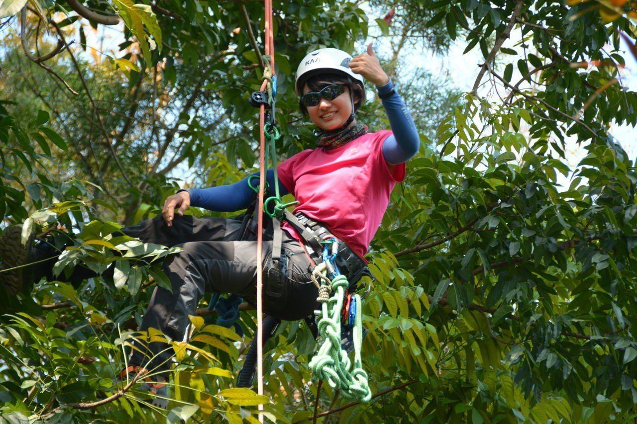 林業採種員今年才23歲的吳佩芬。記者吳淑玲/攝影