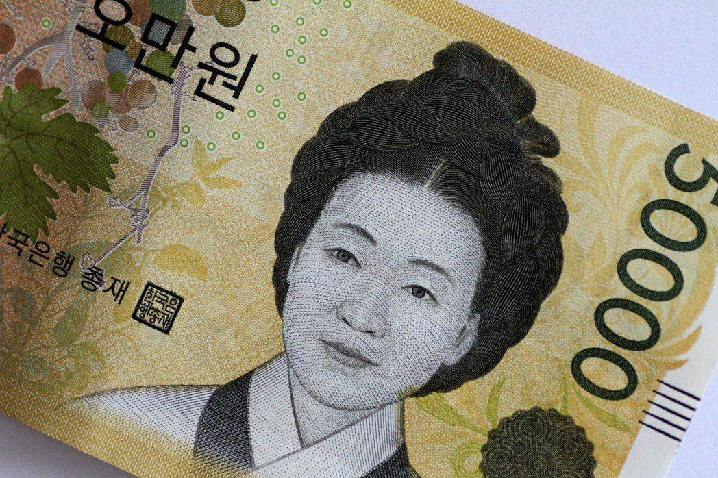 南韓政府明年度預算可能突破500兆韓元。(圖/路透)