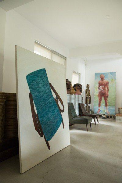 蔡明亮的畫是客廳焦點之一。 陳立凱/攝影