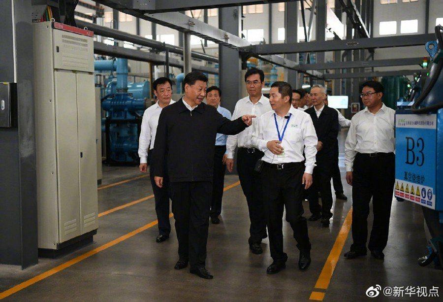 中美貿易戰方興未艾之際,習近平突然前往江西稀土企業視察,引發關注。中美貿易談判中...