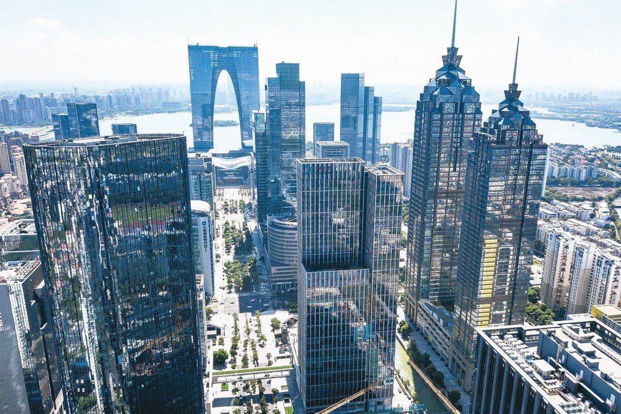 大陸住建部再發出房價預警,點名佛山、蘇州、大連及南寧等四城市。圖為蘇州市區。 中...