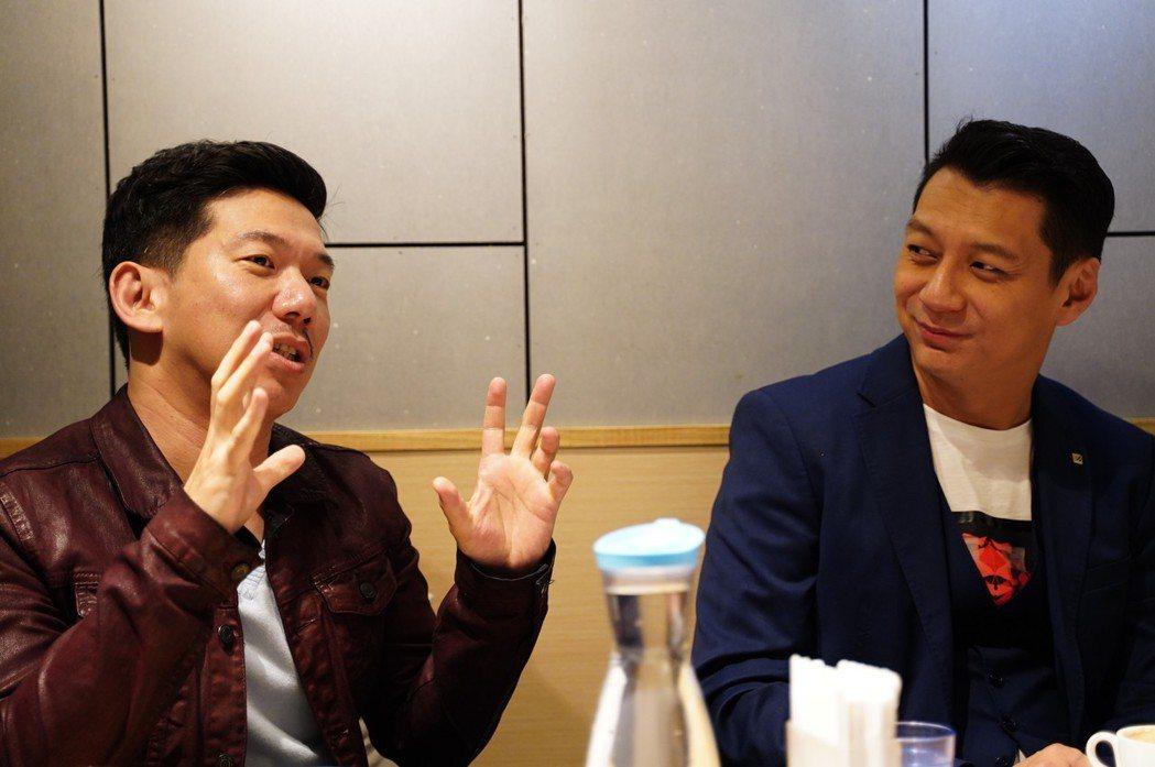 聶雲與執行導演程伯仁相談甚歡,分享對音樂劇《飲食男女》最深切的體會。 天作之合劇...
