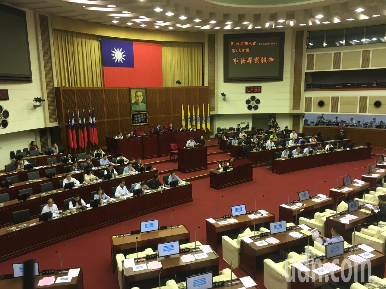 台北市長柯文哲今天赴市議會專案報告。記者張世杰/攝影
