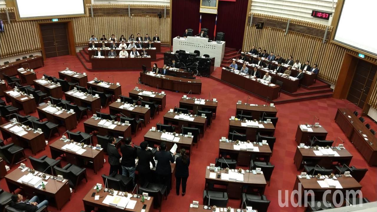 高市長韓國瑜上午到議會接受市政總質詢。記者蔡孟妤/攝影