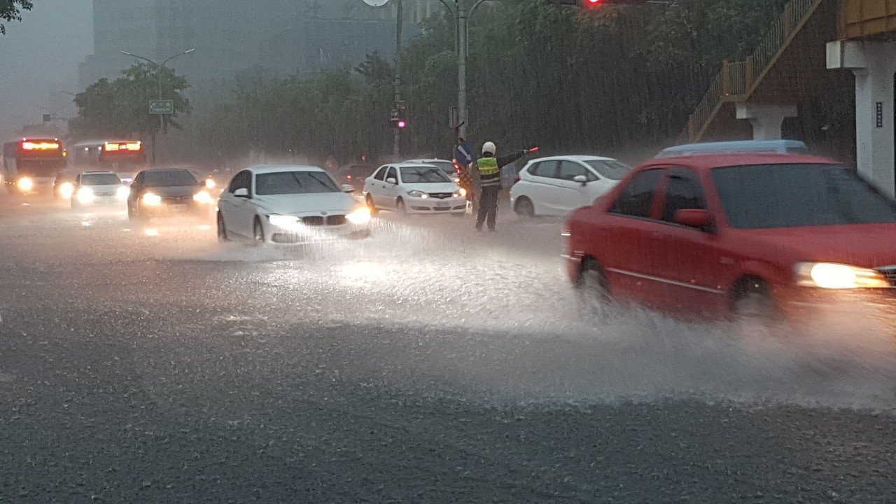 氣象局預報中心於今晚8時30分解除「108年0520豪雨事件」預報加強作業。圖/...
