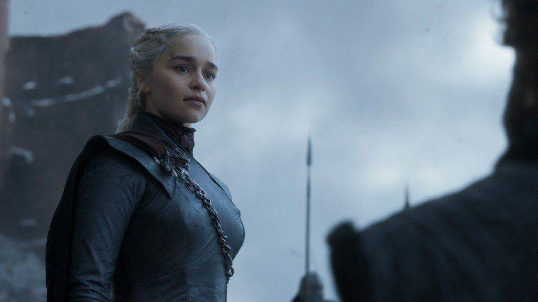 丹妮莉絲最終仍未能成為鐵王座主人。圖/HBO提供