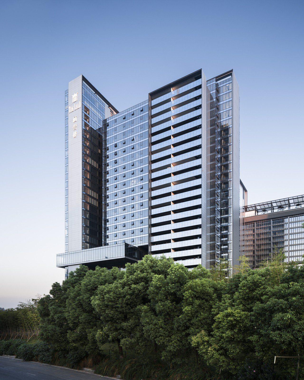 鄉林建設旗下南京涵碧樓金融中心完工、開始銷售。鄉林提供