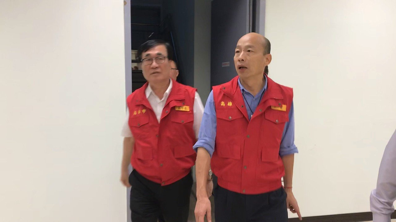 高雄市長韓國瑜(右起)、副市長李四川。記者林伯驊/攝影