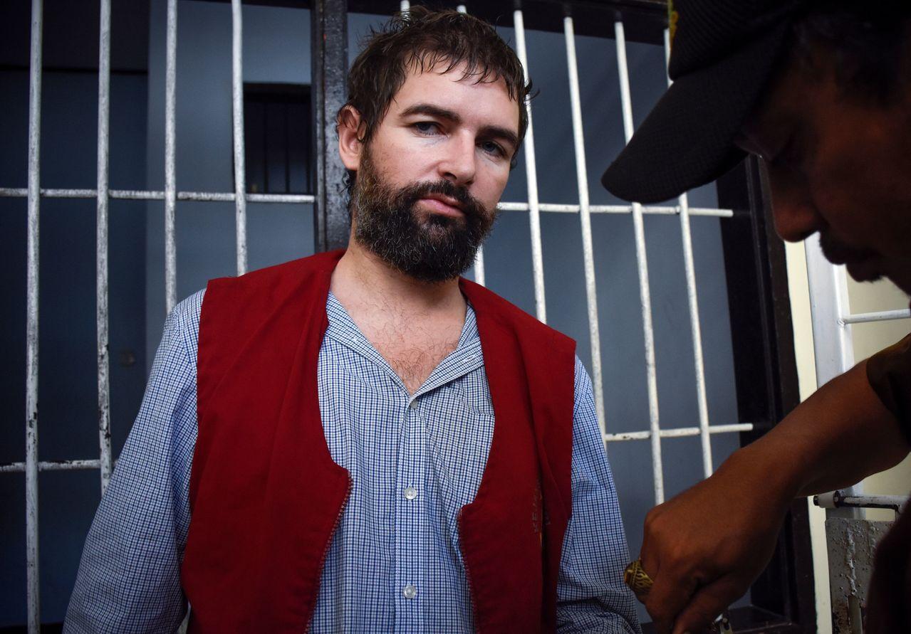 涉嫌走私毒品的法國人德方20日遭印尼龍目島法院判處死刑,隨後還押牢房。法新社