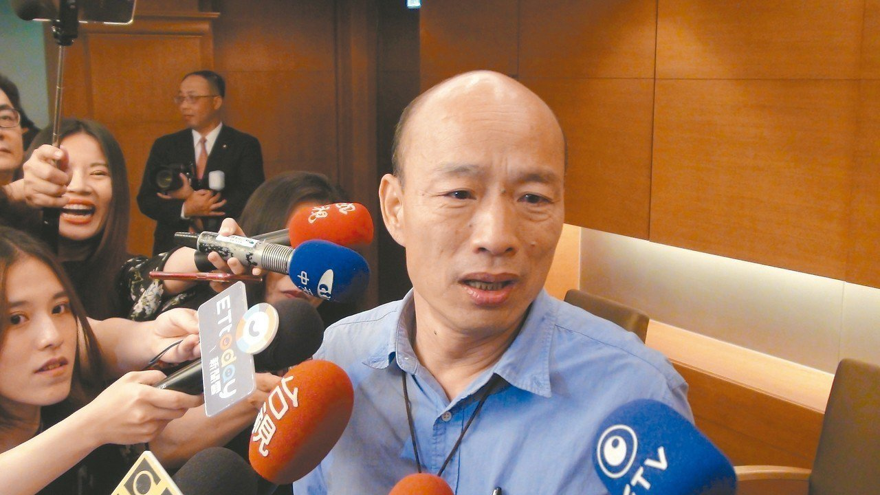 高雄市長韓國瑜(圖)表示,國民黨不團結,柯文哲民調就會往上。 記者謝梅芬/攝影