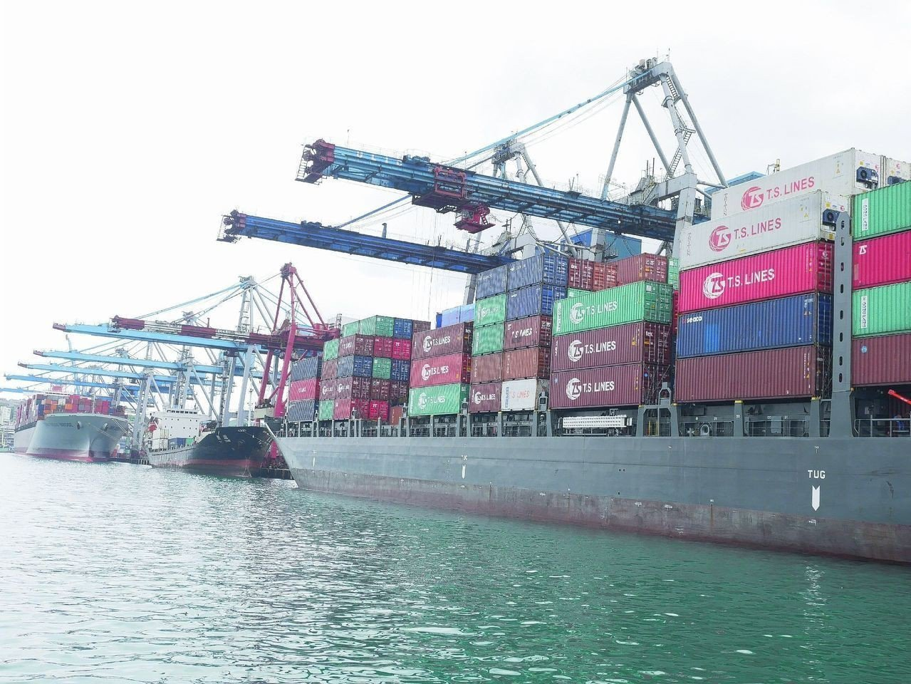 受到中美貿易戰影響,四月外銷訂單連續六個月負成長。圖/聯合報系資料照片