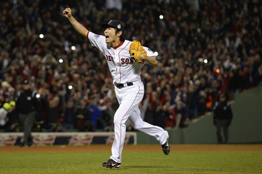 44歲的日本投手上原浩治昨天宣布結束21年的職棒生涯,他在紅襪時曾拿下一座世界大...