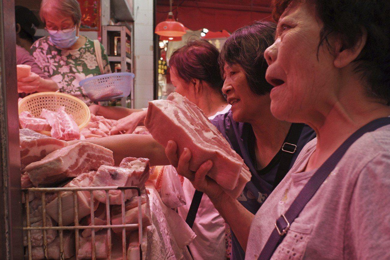 香港恢復供應鮮豬肉:內地豬銳減四分之三 肉價普遍上漲 美聯社