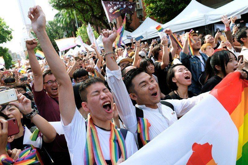 2019年5月17日,4萬支持婚姻平權的民眾聚集在立法院外,為《司法院釋字第74...