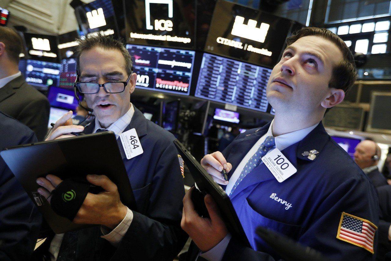 川普政府打壓華為,引發美股科技股重挫。 美聯社