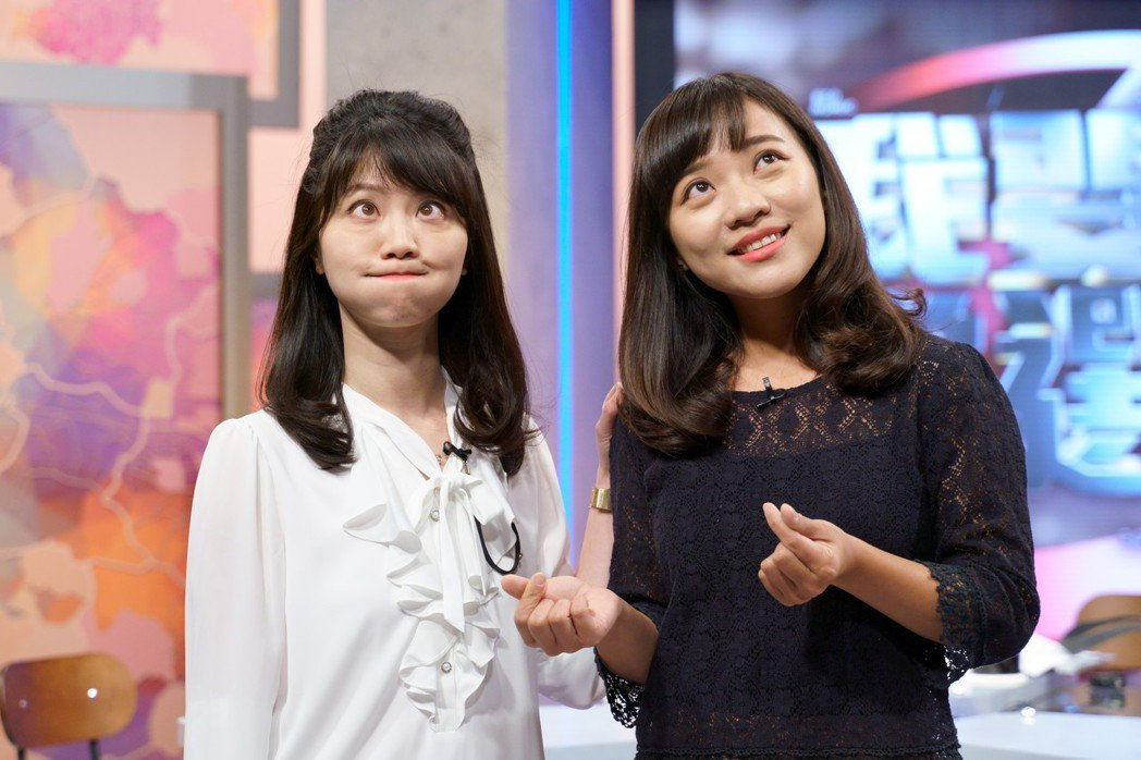 高嘉瑜(左)和黃捷兩代鄉民女神難得同台。圖/WinTV提供