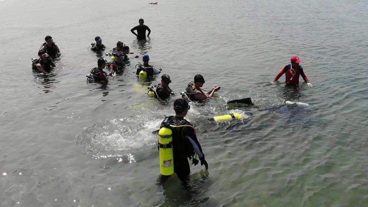 備戰梅雨颱風季 高市消防局前進永新港區演練