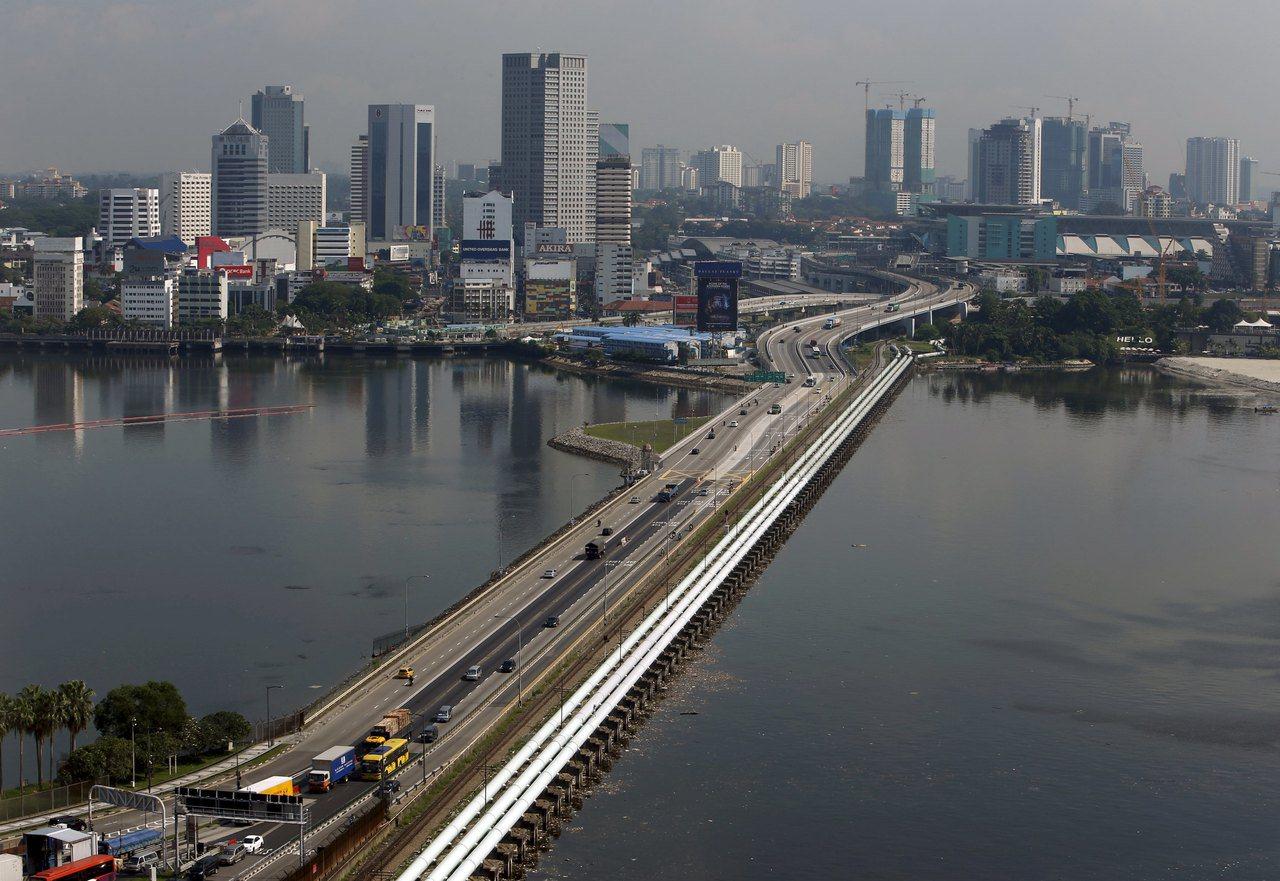 圖為新柔長堤的空拍圖。路透