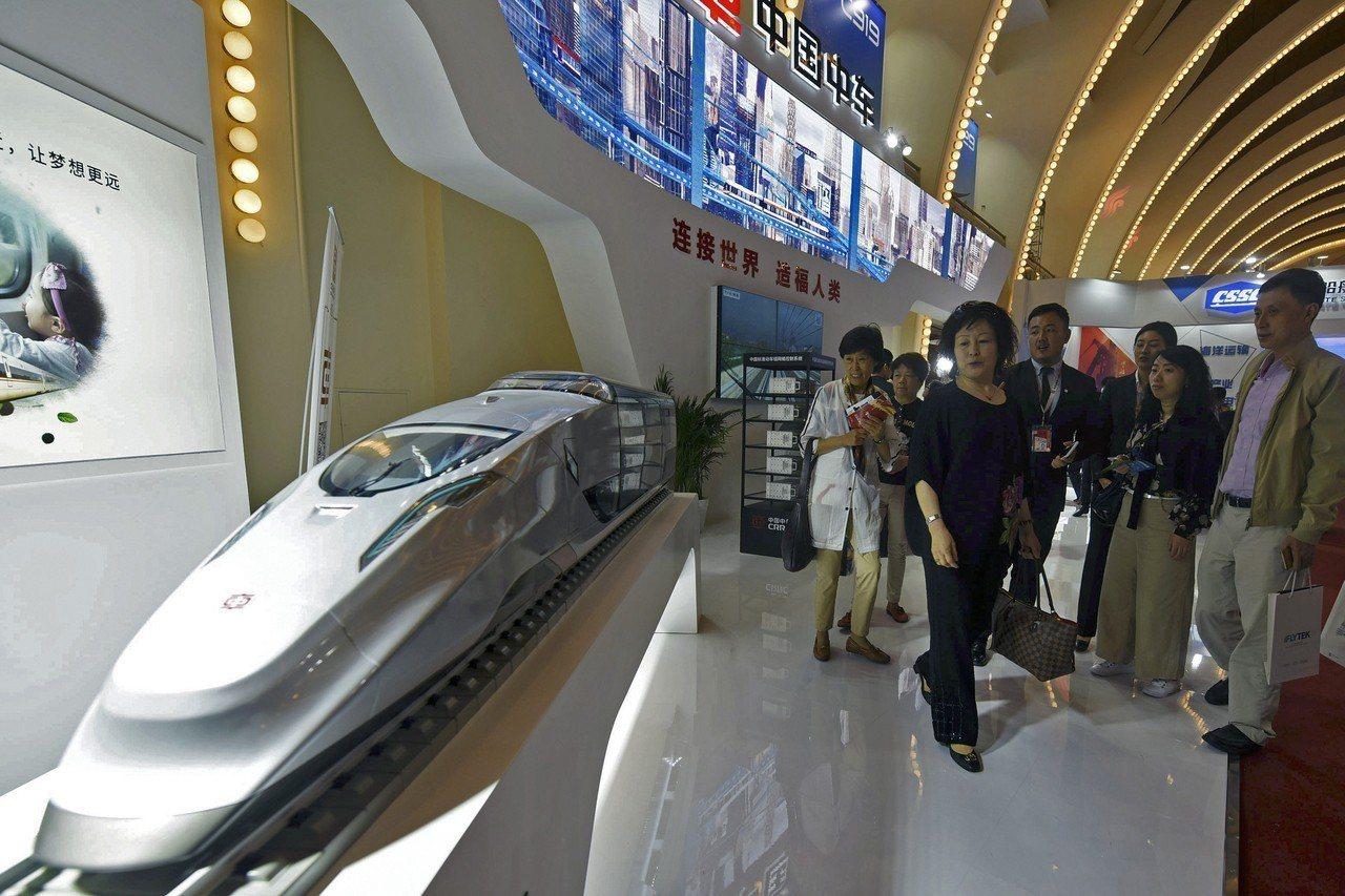 國會眾院減少中國公司在美捷運系統角色議案,卻遭少數黨領袖麥卡錫擋下。 美聯社