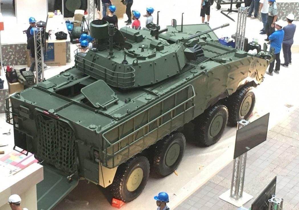 新型30機砲型甲車將首次公開實彈射擊。聯合報系資料照片/記者洪哲政攝影