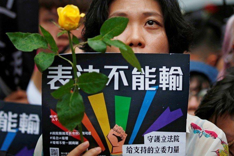 2019年5月17日,台灣晉升為亞洲第一個允許同婚的國家。 圖/路透社