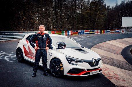 影/紐北最速前驅換人當!Mégane R.S. Trophy-R替Renault搶回王者寶座