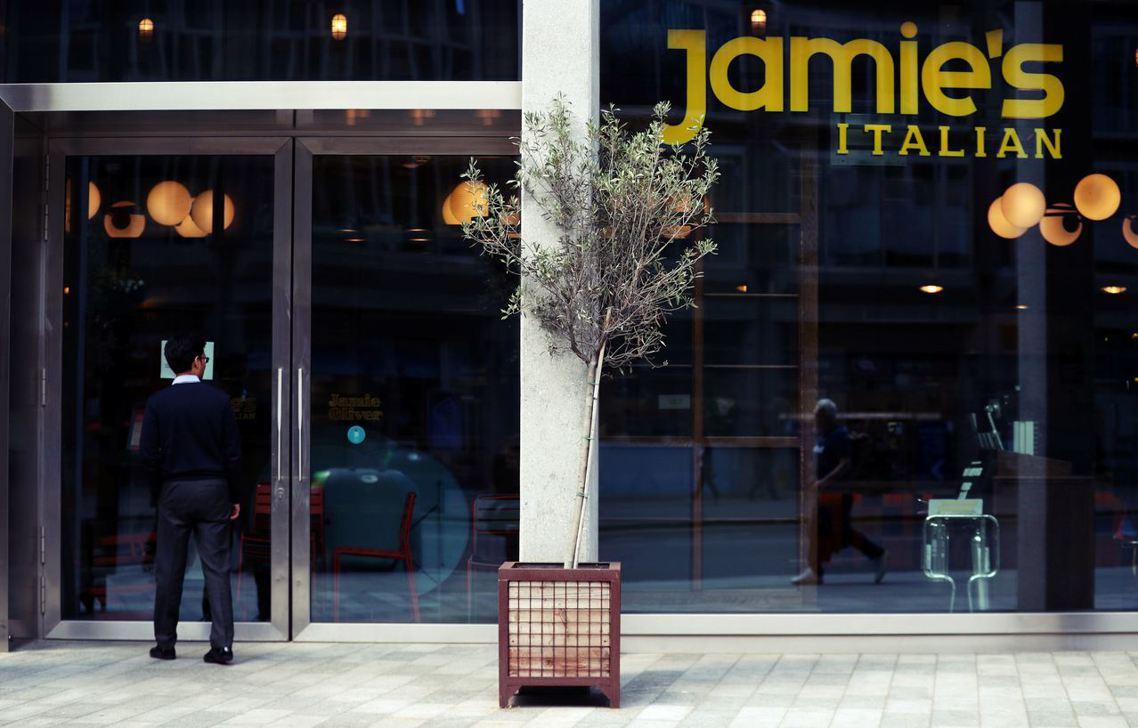 《金融時報》認為,Jamie's Italian 的早期成功,主因得歸功於「傑米...