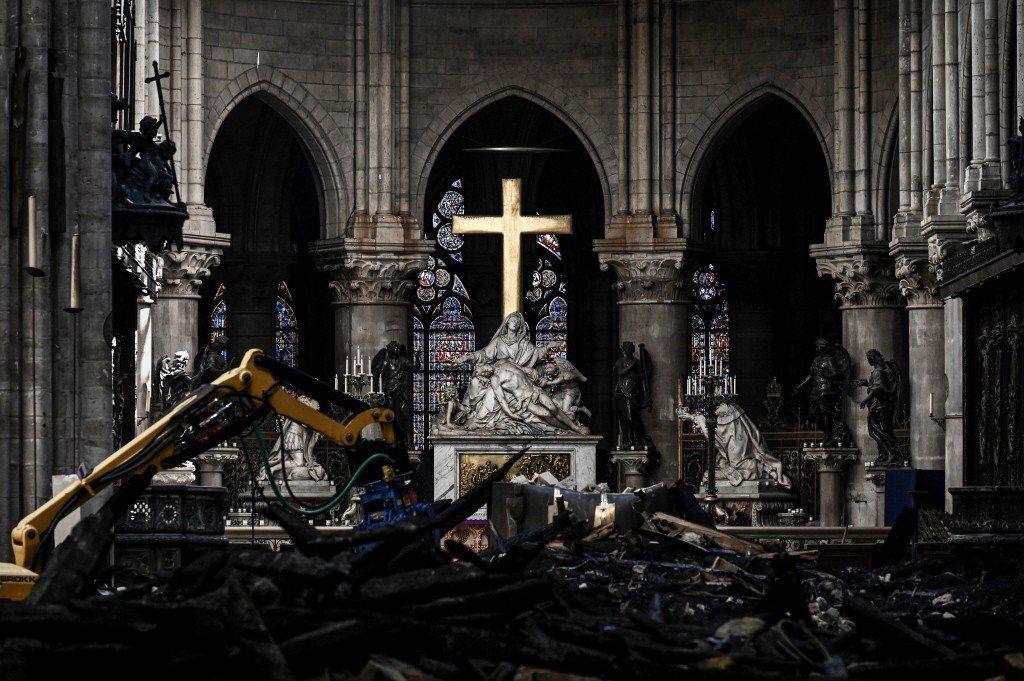 巴黎聖母院大火過後院內一景。 圖/美聯社