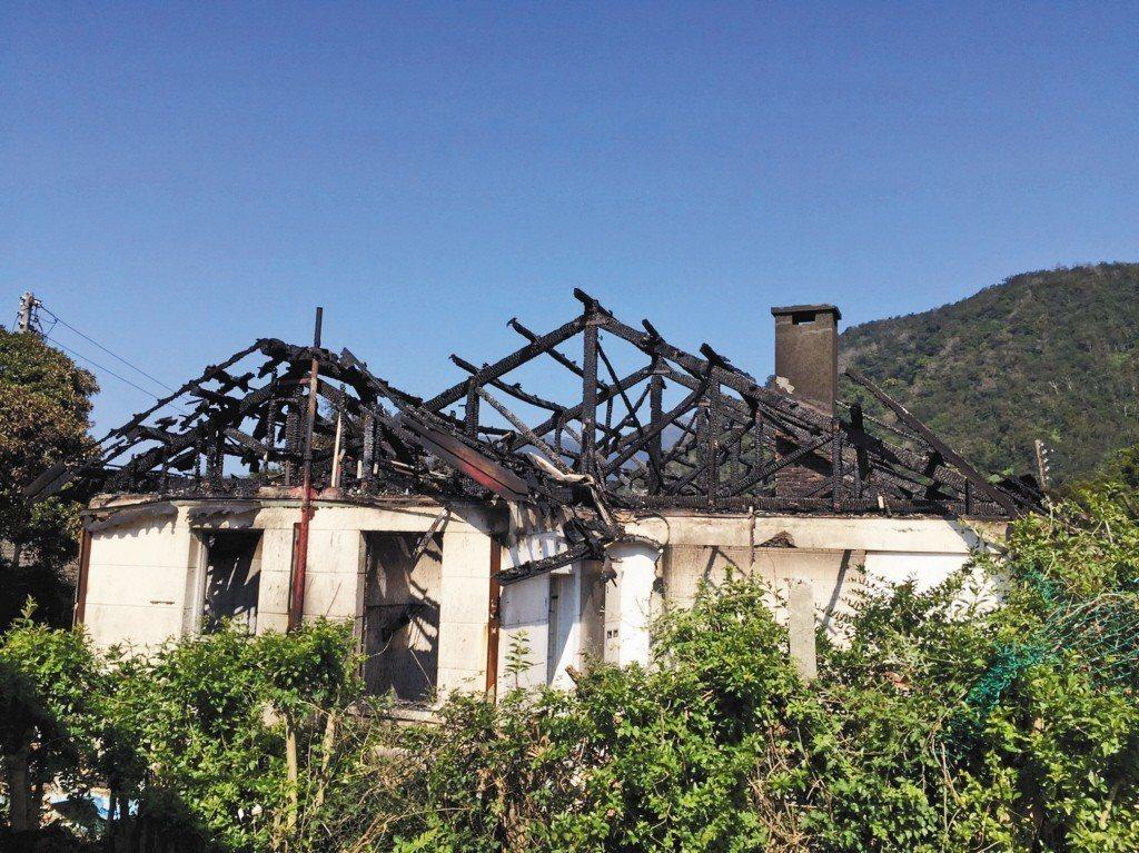 2017年,文化景觀陽明山美軍宿舍群疑因施工不慎發生火警,建築付之一炬。 圖/台北市文化局