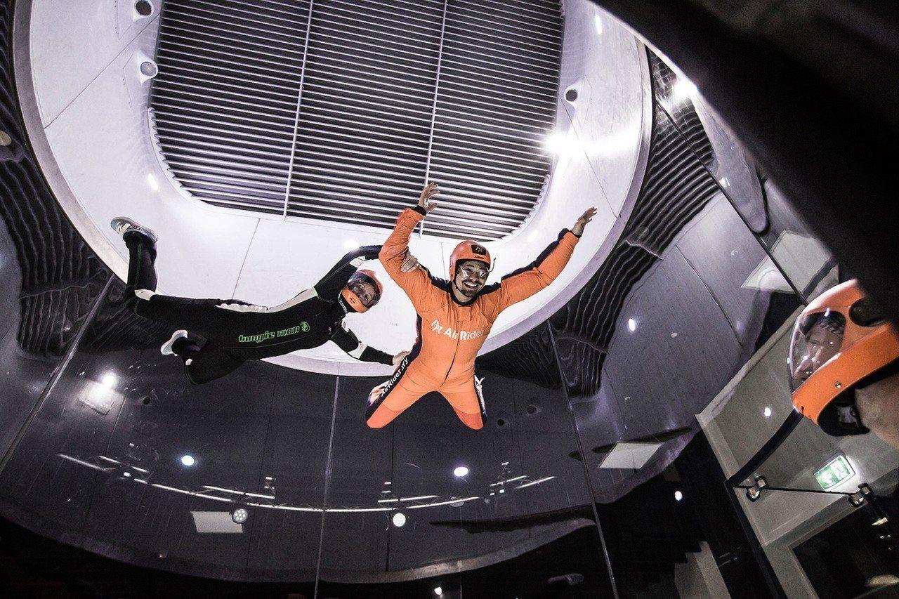 萬達廣場AirRider室內跳傘。圖/馬來西亞觀光局提供