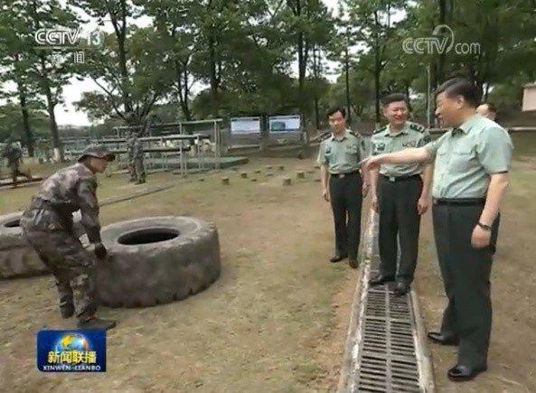 習近平視察中共陸軍步兵學院。擷自央視畫面