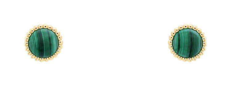 梵克雅寶Perlée couleurs耳環,黃K金鑲嵌孔雀石,87,500元。圖...