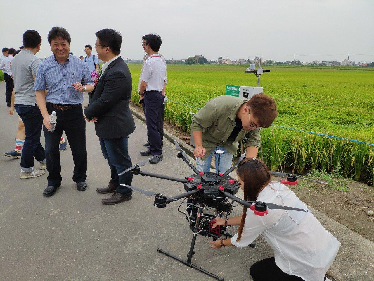 影/無人機農噴今示範 台南農業局:今年再用於勘災