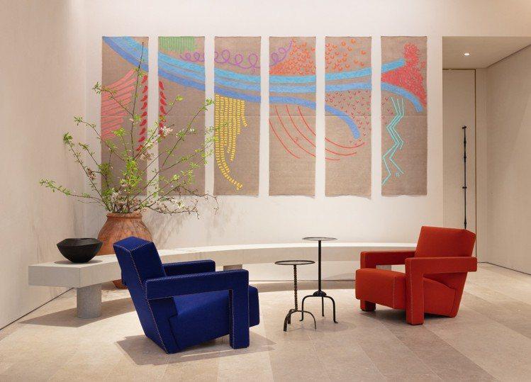 LOEWE CASA倫敦店陳列法國設計師組合Berger & Berger的La...