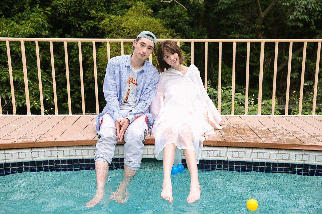 邵雨薇與章廣辰(右)在新歌MV共譜夏日戀曲。圖/寬宏藝術提供