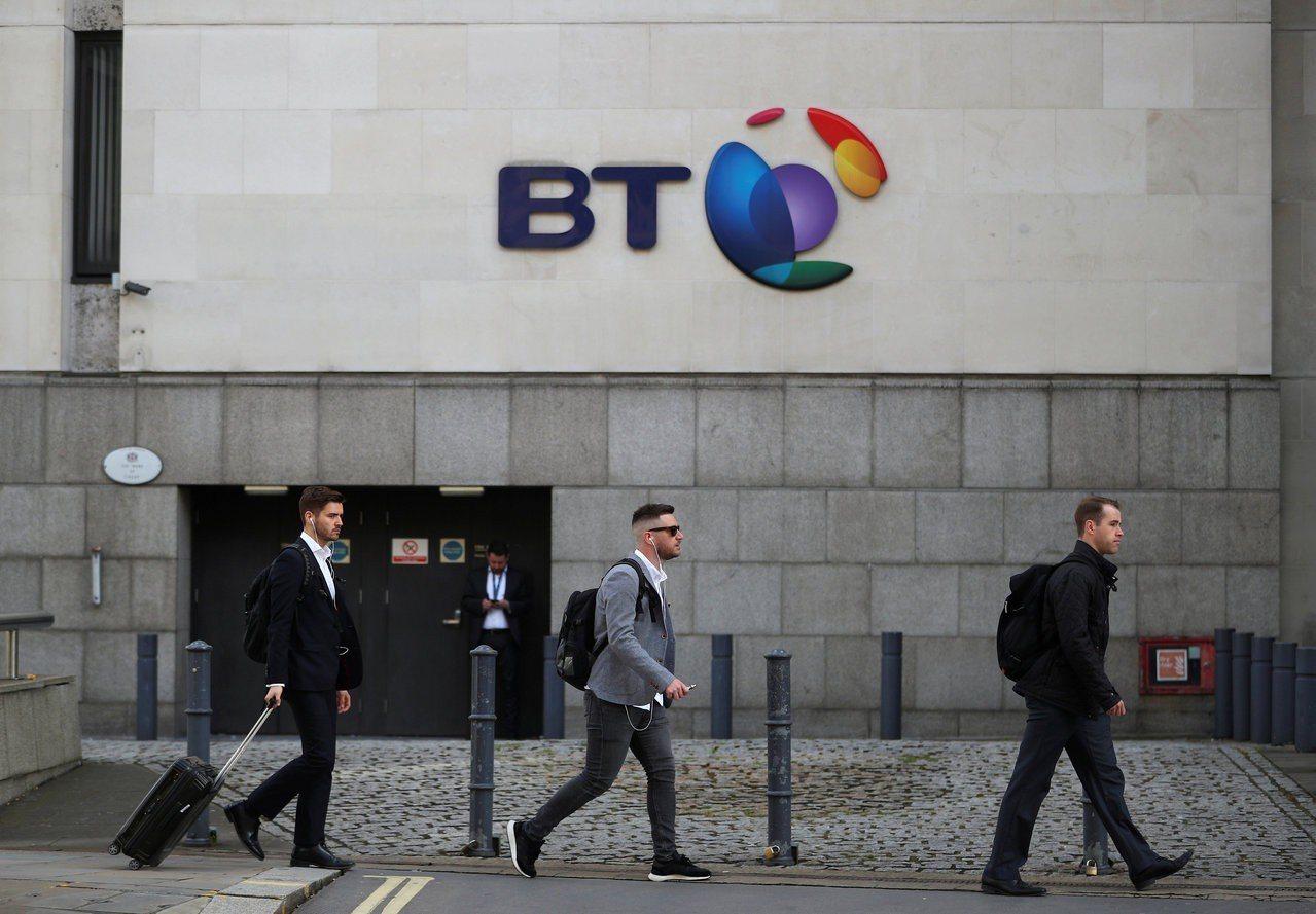 英國電信商下周推出5G服務時,不會提供華為5G機種。路透社