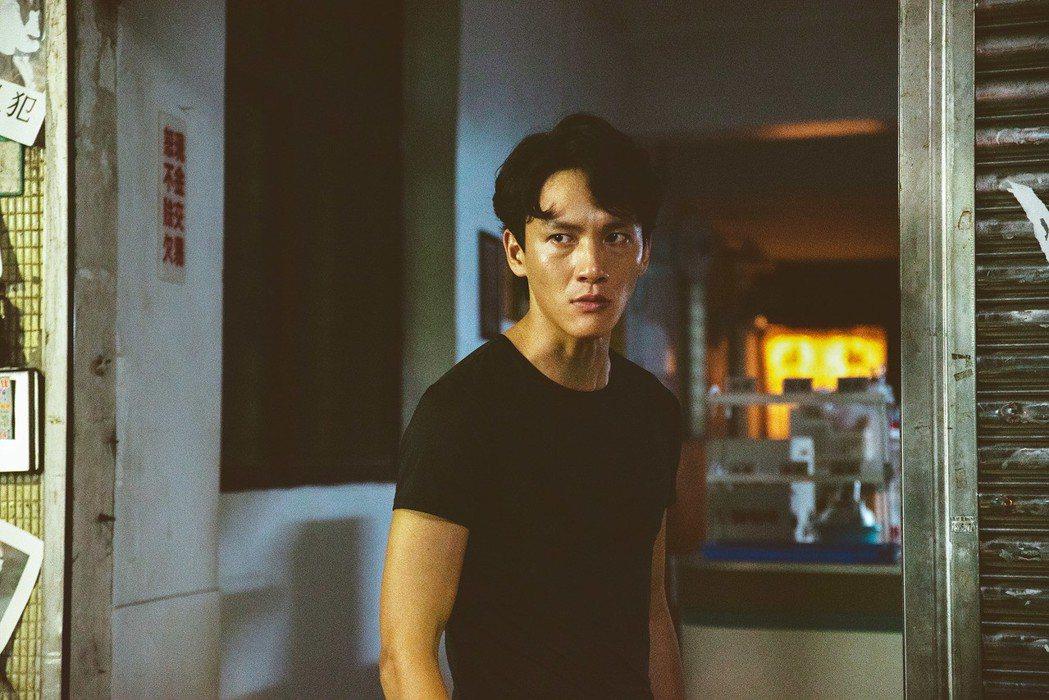 曹晏豪演出「噬罪者」時很壓抑。圖/公視提供