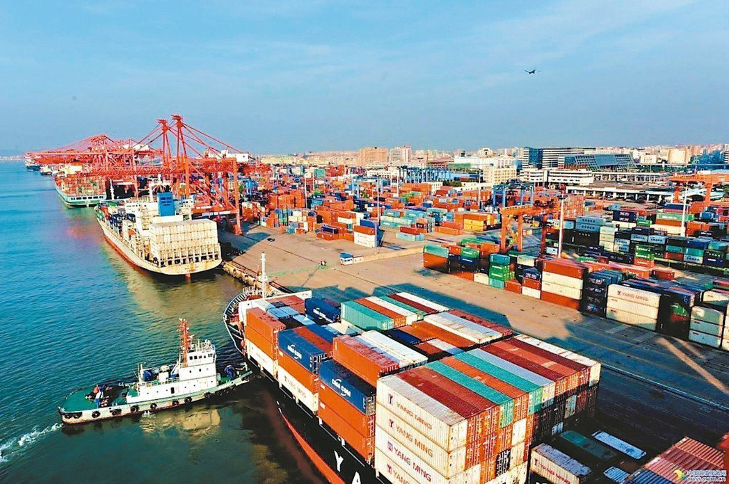 大陸商務部公布,去年對外服務貿易逆差約2,000多億美元,對美國也是逆差。 網路...