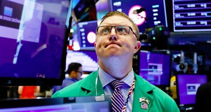 美中貿易衝突可能加劇,美股周三挫跌。 (美聯社)