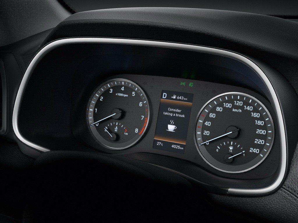 百萬內同級唯一配備DAW駕駛疲勞警示系統。 圖/南陽實業提供