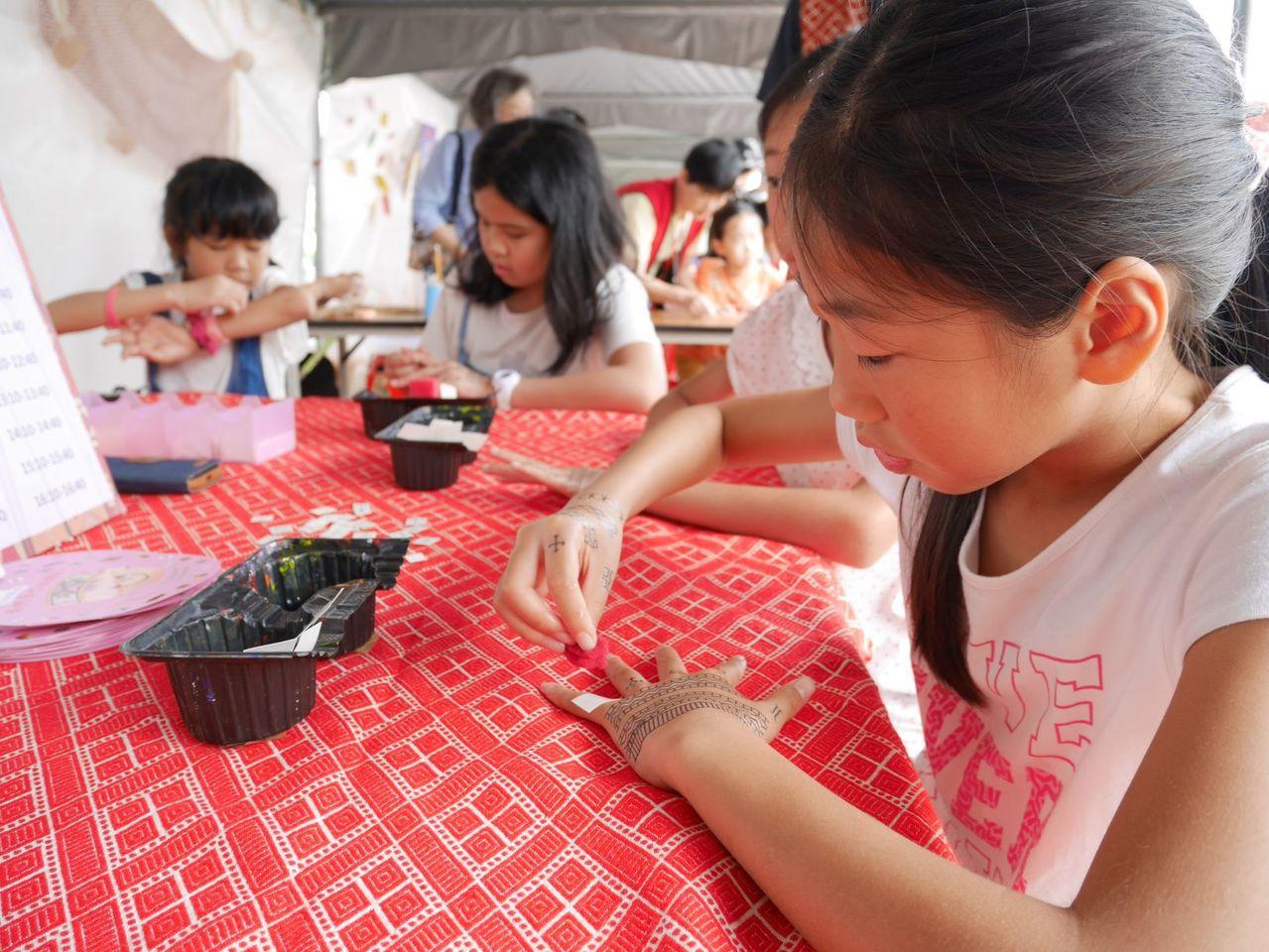 為慶祝考古公園啟用,特別結合一年一度的「考古生活節」,串連博物館及公園場地,以「...